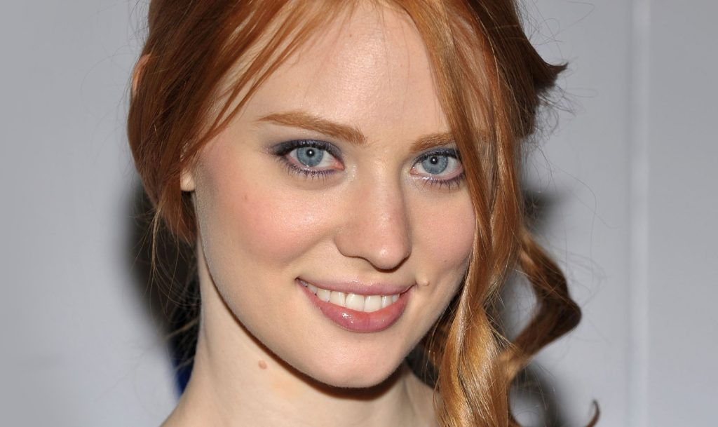 Deborah Ann Woll Height, Weight , net worth, family and personal life